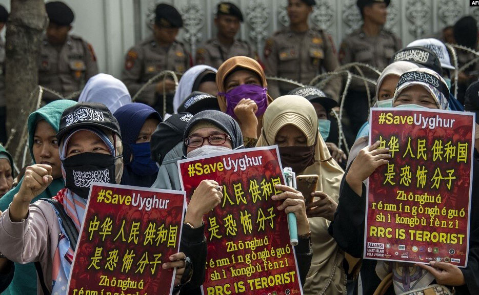 پارلمان کانادا برخورد چین با مسلمانان اویغور را «نسلکشی» دانست