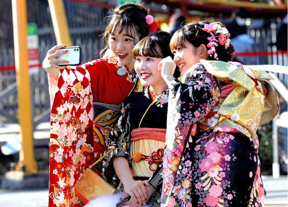 جشن 20 ساله ها در ژاپن