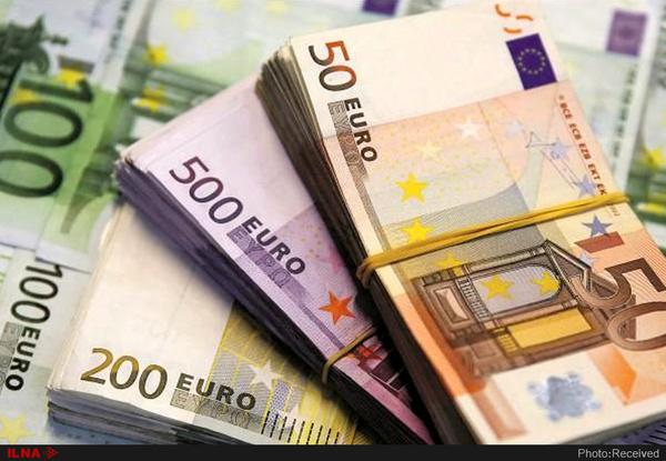 صرافی ملی دلار و یورو را ارزان کرد