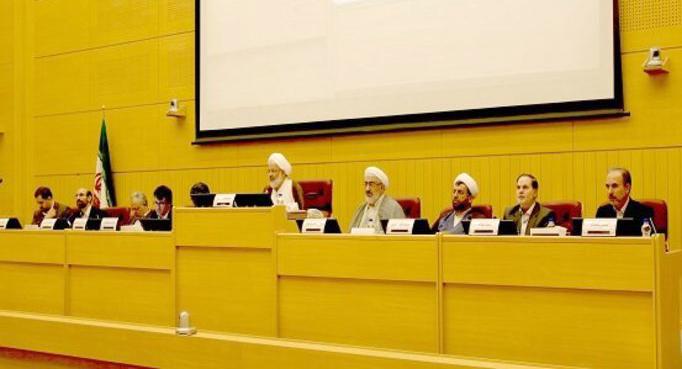 کمیسیون تنظیم مقررات حق دخالت در صلاحیت حرفهای مدیران را ندارد