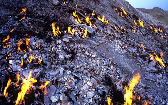 تشکوه خوزستان، همچنان در آتش