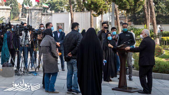 دولت هنوز 200 مورد شکایت خود علیه افراد و خبرنگاران را پس نگرفته است