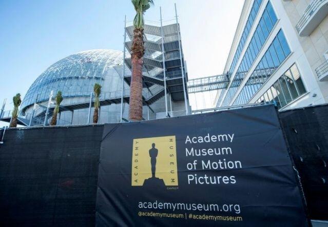افتتاح موزه «اسکار» به تعویق افتاد