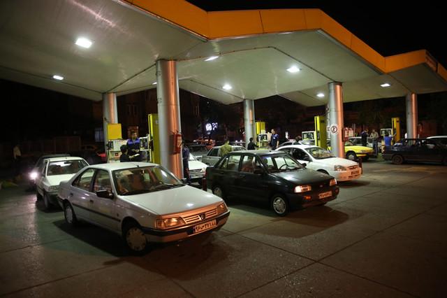 با دبه وارد پمپ بنزین نشوید!