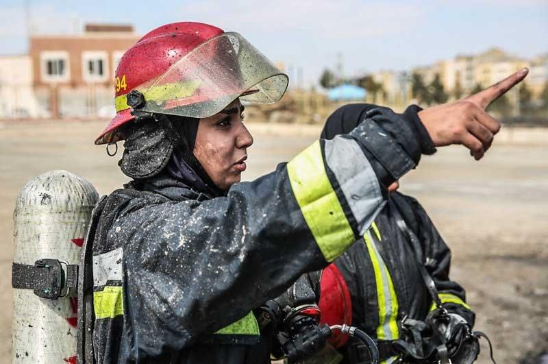 فعالیت زنان آتشنشان در تهران چه زمان آغاز می شود؟