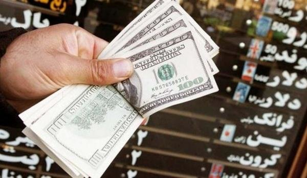 صرافیها مجاز به خرید ارز از بانکها شدند