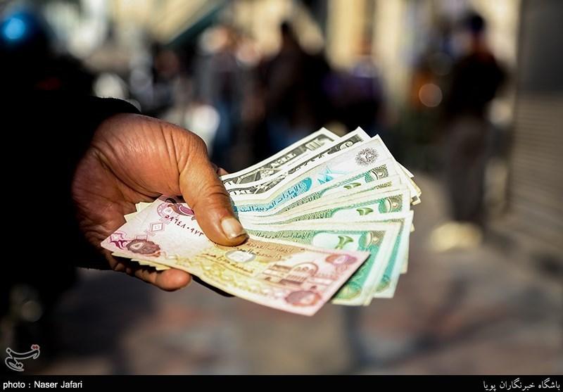 کلید قیمت دلار دست کیست؟