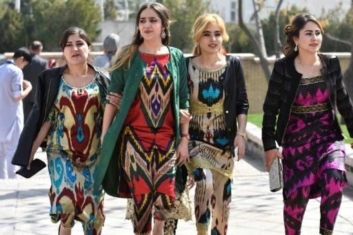 تاجیک به معنای همه پارسی زبانان