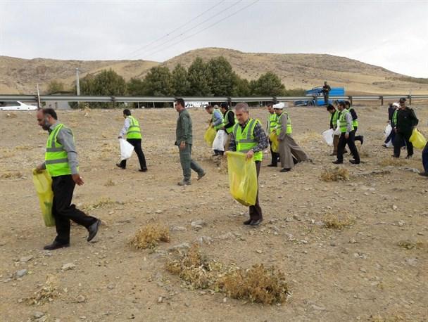 مسیر جغتای به سبزوار از زباله های رها شده پاکسازی شد