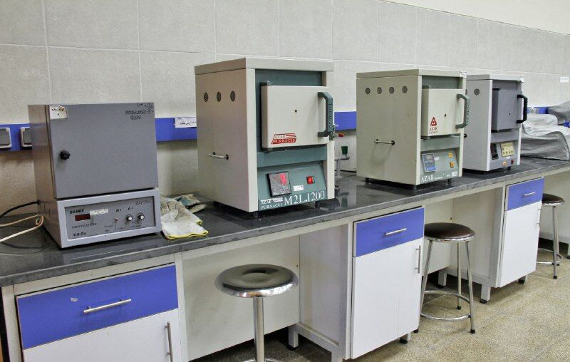 تجهیز آزمایشگاه دانشگاه حکیم سبزواری با ۲۱۴ هزار یورو