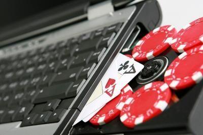 انسداد بیش از ۳۰۰ کارت بانکی سایت های قمار