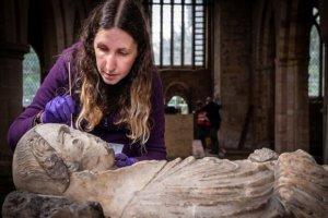 مجسمه قرونوسطایی پس از قرنها کشف شد