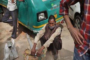 ۳۲ میلیون شهروند هندی به خط فقر کشیده شدند