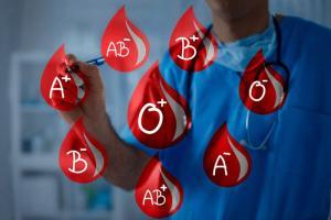 سالانه دو میلیون واحد خون و فرآوردههای خونی اهداء میشود