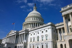 سناتور آمریکایی: کشورش باید تحریم علیه طالبان را ادامه دهد