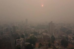 هوای تهران همچنان آلوده است