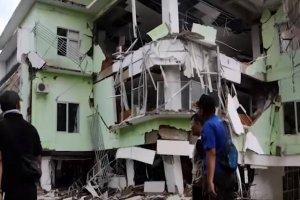 قربانیان زلزله اخیر در اندونزی افزایش یافت