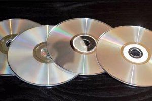 دیسک نوری ۷۰۰ ترابایتی ساخته شد