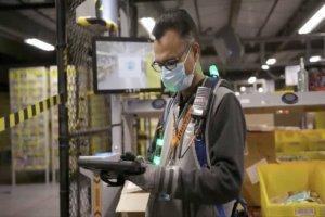 کارکنان آمازون الزامی در زدن ماسک ندارند