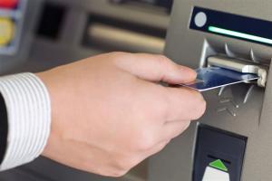 اتصال کارتهای بانکی ایران به شبکه بانکی روسیه