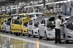 فروش خودرو در هند 40 درصد کاهش یافت