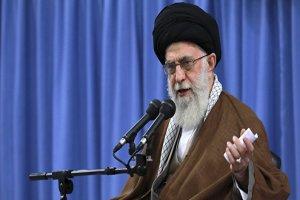 رهبر ایران: ورود واکسن آمریکایی و انگلیسی به کشور ممنوع است