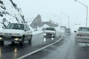 باران و برف در جاده های ١۶ استان