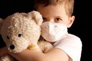 استفاده طولانی از ماسک، سلامت کودکان را به خطر میندازد