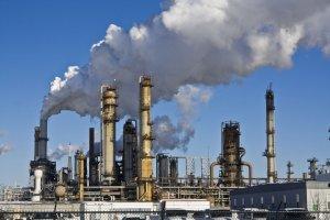 کاهش تاریخی قیمت نفت و ادامه نگرانیها در سال ۲۰۲۱