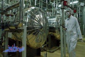 تهران: غنی سازی ۲۰ درصدی تا لغو کامل تحریم ها ادامه خواهد یافت