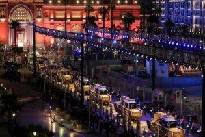 واکنشهای متفاوت کاربران به رژه طلایی در مصر